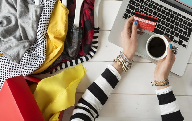 Everything you need to know before buying women clothes online
